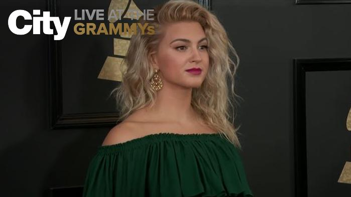 Tori Kelly - Green Goddess!