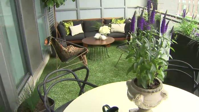 How to turn your balcony into an urban patio oasis