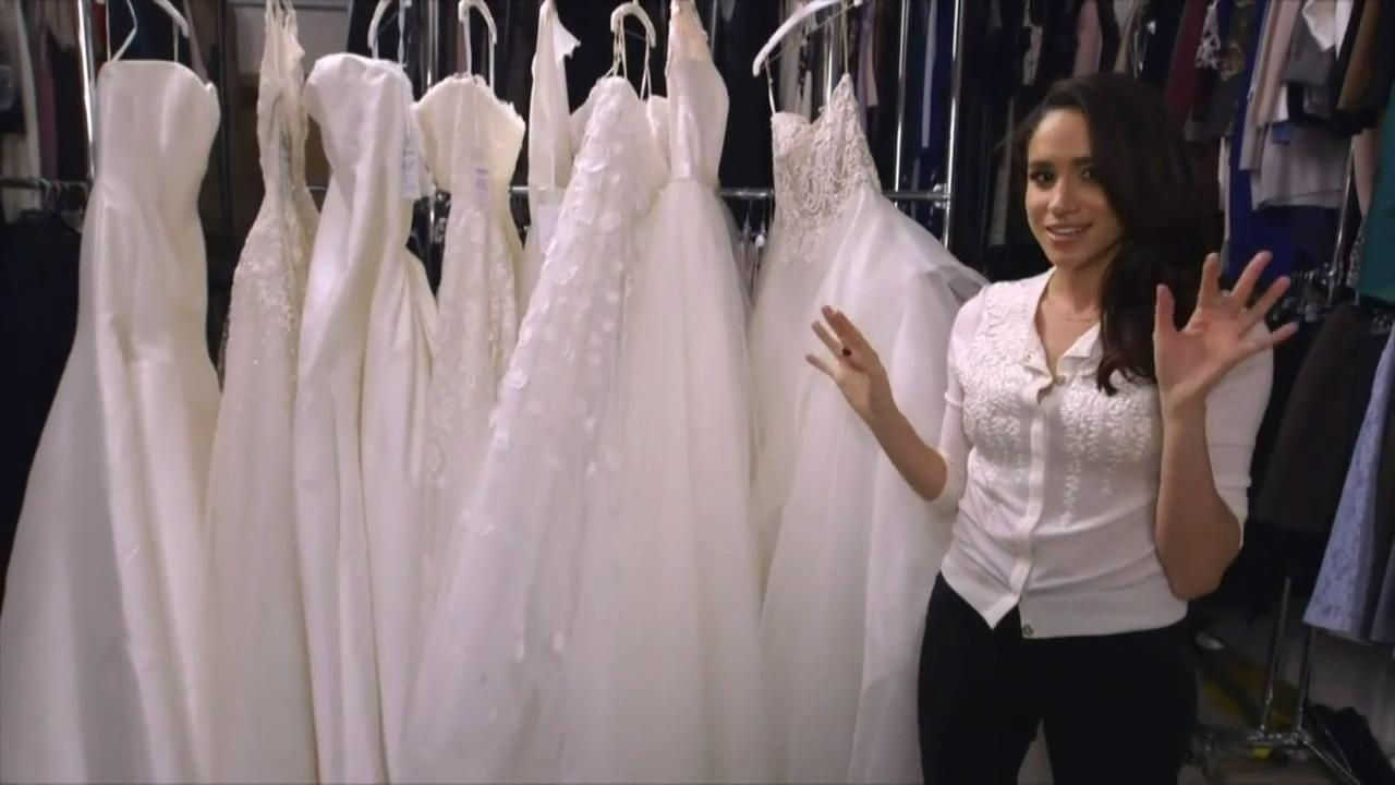 Jessica Mulroney helps Meghan Markle choose \'Suits\' wedding dress