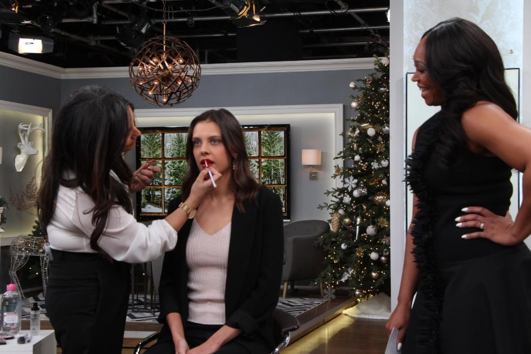 This holiday makeup tutorial will take you from work to #werk