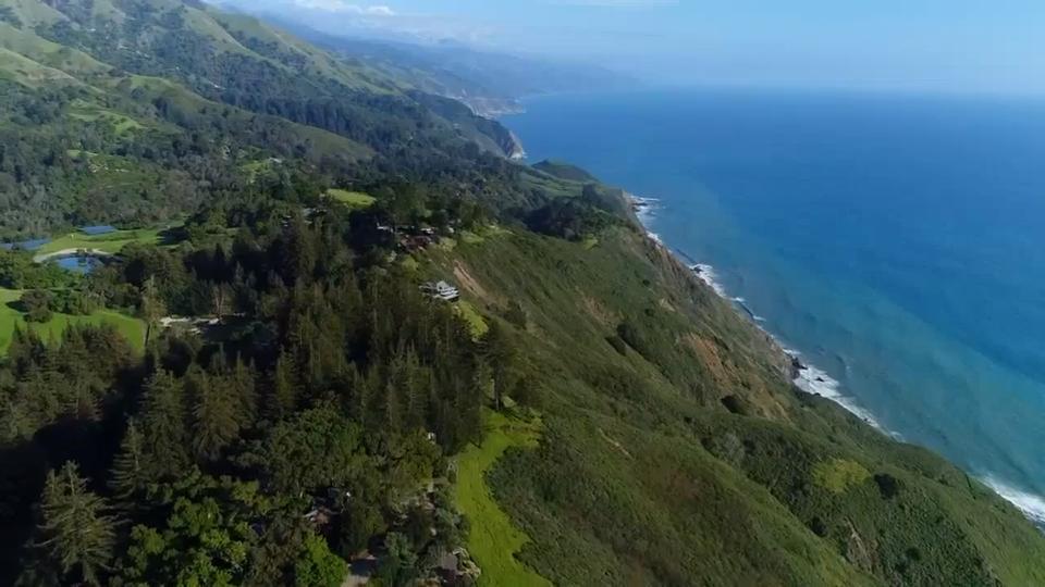 A breathtaking tree house hotel in Big Sur, California