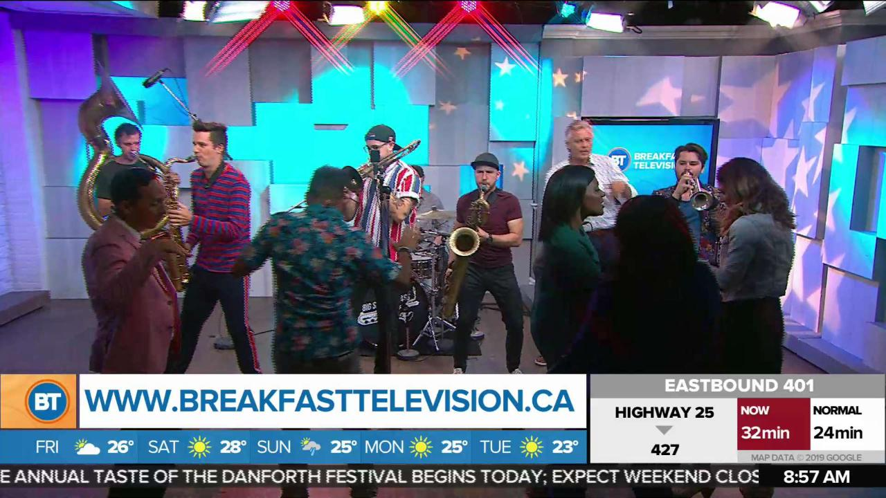 Big Smoke Brass Band play 'Blame it on the Boogie'